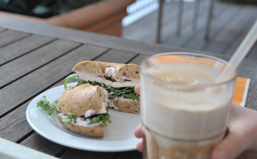 """Bagel Brothers, Bonn<span class=""""rating-result after_title mr-filter rating-result-26""""><span class=""""mr-star-rating"""">    <i class=""""fa fa-star mr-star-full""""></i>        <i class=""""fa fa-star mr-star-full""""></i>        <i class=""""fa fa-star mr-star-full""""></i>        <i class=""""fa fa-star-o mr-star-empty""""></i>        <i class=""""fa fa-star-o mr-star-empty""""></i>    </span><span class=""""star-result"""">2.75/5</span><span class=""""count"""">(1)</span></span>"""